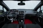foto: Peugeot 208 GTI 30-interior salpicadero [1280x768].jpg